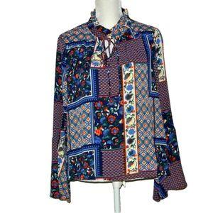 Stitch fix Hagel bell sleeve L mixed floral top